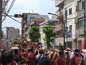「深川神明宮例大祭を観てきましたが、いつもながらの盛り上がりで楽しかったです」